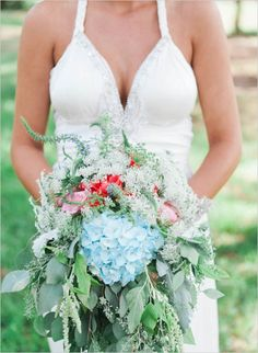 Wedding with hand stitched details. Captured By: Marilyn Duvall Photography #weddingchicks http://www.weddingchicks.com/2014/09/10/wedding-with-hand-stitched-details/