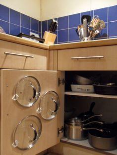 Cupboard Pan Lid Organiser