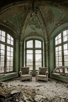 chair, window, breakfast nooks, wonderful places, abandon, odin raven, green rooms, ravens, decay