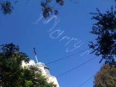 Woooo woooo... love is in the air!