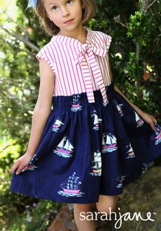 out to sea navy dress tutorial with free pattern PDF