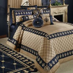 Bedding and accessories with fleur de lis