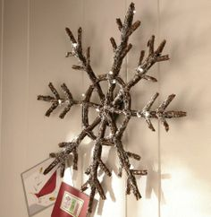 Lit Snowflake from Through the Country Door (Could make with sticks and use pearls)
