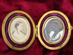 Photograph and Hairwork Compact; bought this with the entire family history from 1760-1900. miniatur, photograph