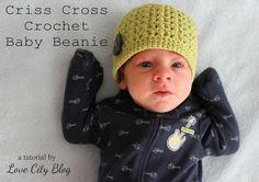 Love City: crochet love {criss cross baby beanie}