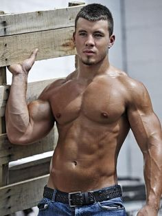 Sweaty shirtless muscle construction worker. Gotta love those scruffy blue collar college guys!