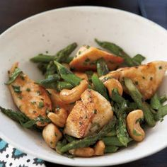 Chicken Stir-Fry with Asparagus and Cashews Recipe