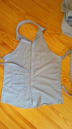 Apron from men's button down shirt - made in 30 minutes tops!