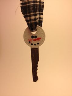 Primitive Hand Painted Snowman Keys by PrimOuthouse on Etsy, $2.50