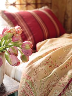 Fresh and Simple - 15 Tips for Turning Your Guest Bedroom Into a Retreat on HGTV