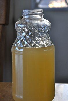 How to make your own apple cider vinegar.