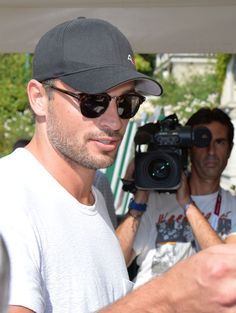 He has also aged to perfection, like old cheese. | Why Being Single Is The Best Thing That's Ever Happened To Tom Welling