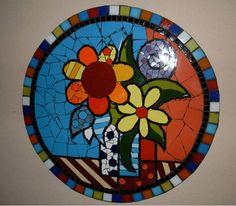 Material: Pastilhas de vidro e azulejos Base: Compensado Naval R$ 185,00
