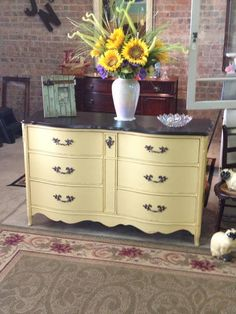 Java Gel   Buttermilk  Saved By Grace Antiques General Finishes Paint