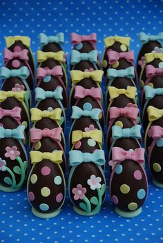 Segnaposto Pasquali- Placeholter chocolate eggs by Alessandra Cake Designer, via Flickr