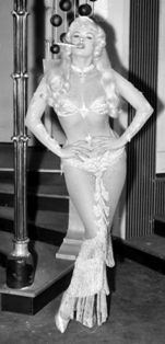 The coveted hourglass shape -   it's estimated that only 8.4% of us are lucky enough to have it. beats, books, costumes, jayne mansfield, dresses, hourglass figur, cousins, jayn mansfield, curves