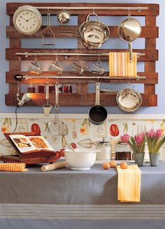 "pot rack from pallet..pinned to ""it's a Pallet Jack"" by Pamela.  another storage idea"