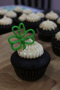 St Patrick's Day Cupcakes. Guinness chocolate cupcake filled with whiskey ganache and frosted with Baileys buttercream.