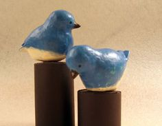 Paper Mache Bluebirds that look ceramic DIY.  Great tutorial with recipes for paper mache.