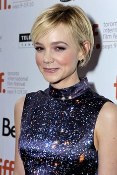 carrie mulligan long pixie