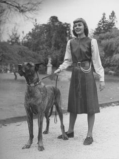 #great #dane with #girl are in #fashion