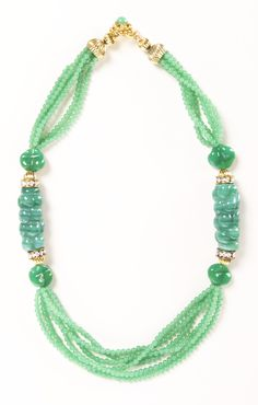 mint / jade vintage necklace