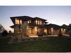 love this house..inside and out. dreamhomesource.com; plan # DHSW69516