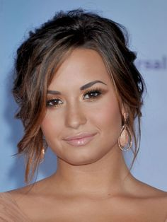 demi lovato hair updo, hair colors, demi lovato hairstyles, demi messi, messy prom updo