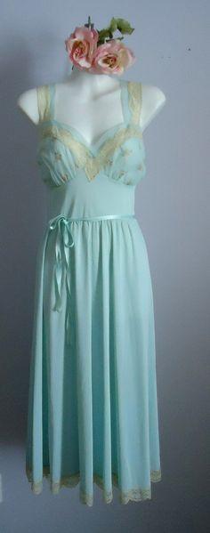 van raalt, vintag van, nightgown
