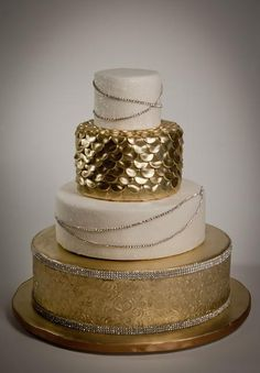 gold and texture cake