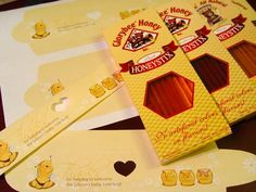 Winnie the Pooh theme party favors - Love it