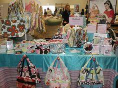 Craft show booth ideas - A nice handbag display