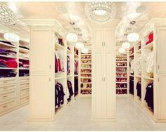 Walk in closet Want!!
