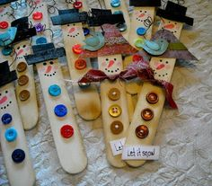 Craft Stick Snow People craft stick crafts, picket fences, baby shower cakes, craft sticks, green bay packers, christma craft, craft ideas, kid, baby showers