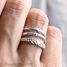 Sterling Silver Coral Twig Set Stacking Rings por ColbyJuneJewelry, $103.50