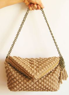 Crochet pattern for bobble stitch bag/ Patrón de gancho para bolso en punto de avellanas, $4.50 USD by ChabeGS bag crochet, stitch bag, crochet patterns