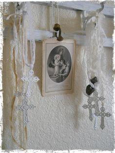 White Metal Cross Pendant. $6.00, via Etsy.