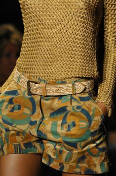 Paul Joe Spring 2012 Details ... Have to get printed, tailored shorts this summer!   CLICK THIS PIN if you want to learn how you can EARN MONEY while surfing on Pinterest