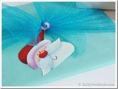 1 giftwrap Easy-Giftwrap-Idea