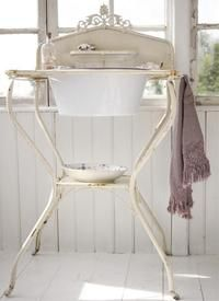 wash stand, home interiors, darc live, white, sink, shabbi, vintage homes, bathroom, antiqu