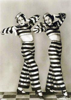 twin, fashion, hous, bird of paradise, 1920s, costume parties, birds, stripe, dodg sister