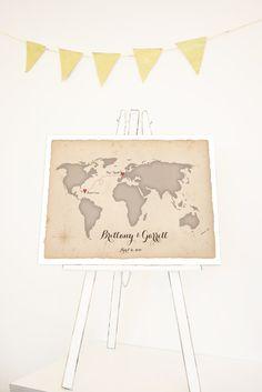 Love this wedding map as a wedding guest book alternative from MDB Weddings. So cute.