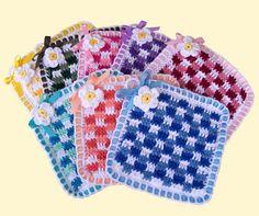 gingham, crochet potholders patterns, pot holder, daisies, crochet dishcloths, crochet patterns, stitches, delightsgem, daisi pothold