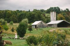 Rufflands Farm - Formal Barn Wedding - Photo by @Divine Light Photography