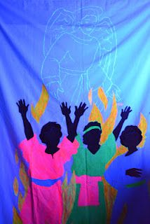 Bible Class Creations: Blacklight  In the Fiery Furnace (see angel with blacklight)