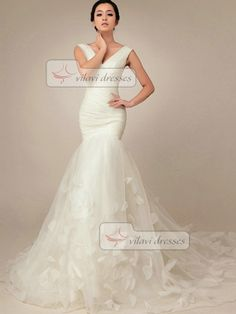 Elegant Mermaid Wedding Dress Tulle V-neck Court Train Wedding Dresses on Etsy, $195.69