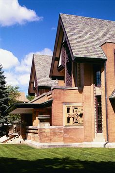 The Moore-Dugal residence in Oak Park, IL. Designed and built by Frank Lloyd Wright in 1895,  IL, US.