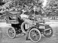 Cadillac model B Runabout from 1904 in New York.