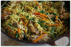 Guyanese Style Chicken Chowmein