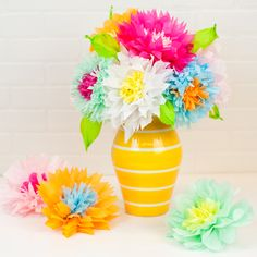 How to Make Paper Flowers for Mom